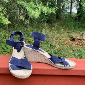 Vince made in Spain 10M open toe woven fiber wedge